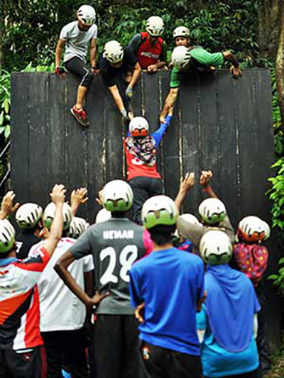 Corporate team building activities